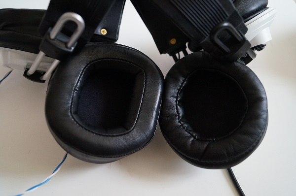 Alpha Pads on the left, HM5 pads on the right