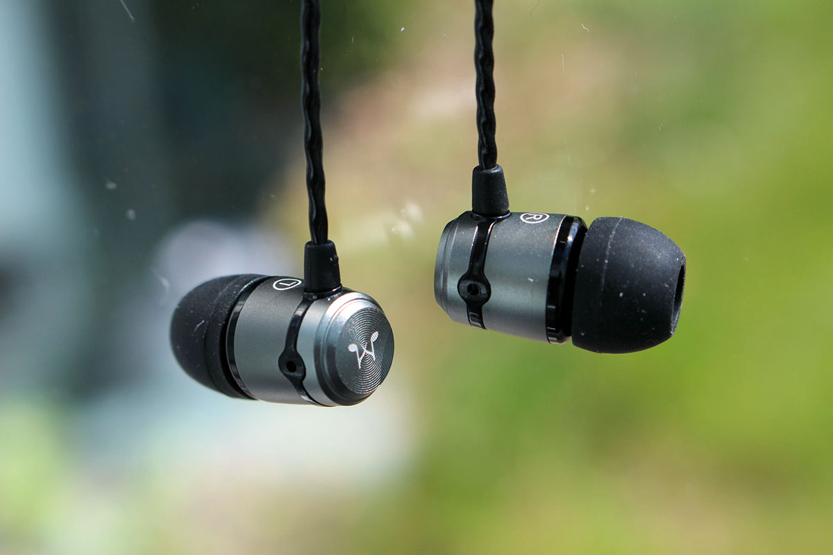 E10 Eh11 And E30 From Soundmagic The Hills Are Alive Headfonics In Earphone E10c Silver E50s Iem By