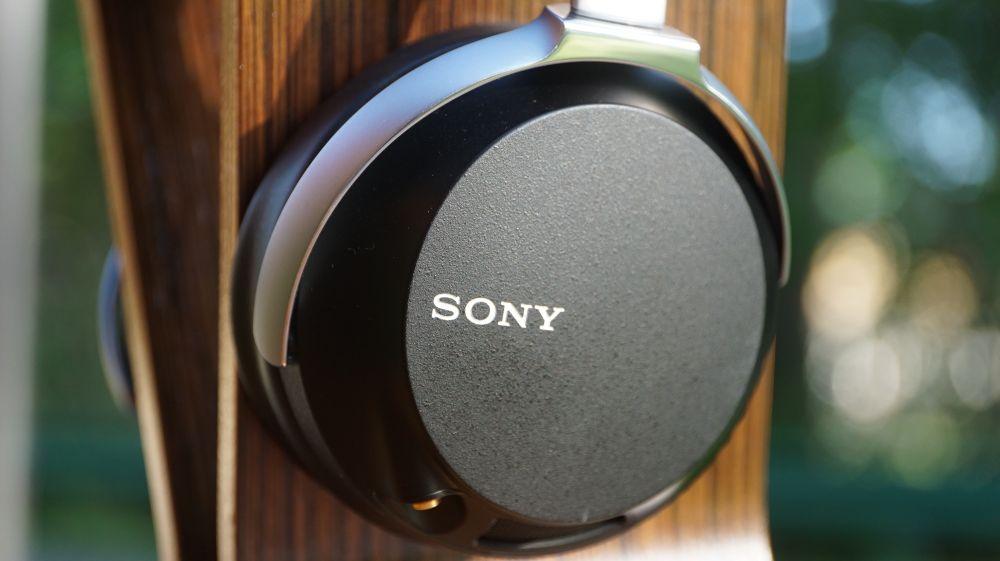 Sony Z7 Title