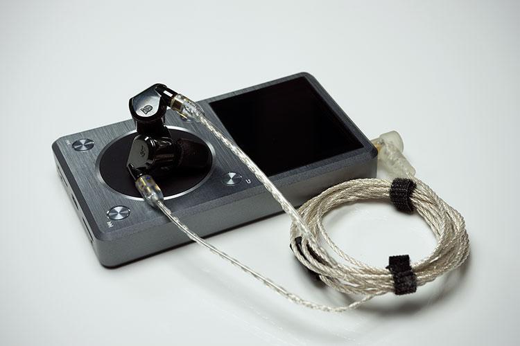 Campfire Audio Lyra