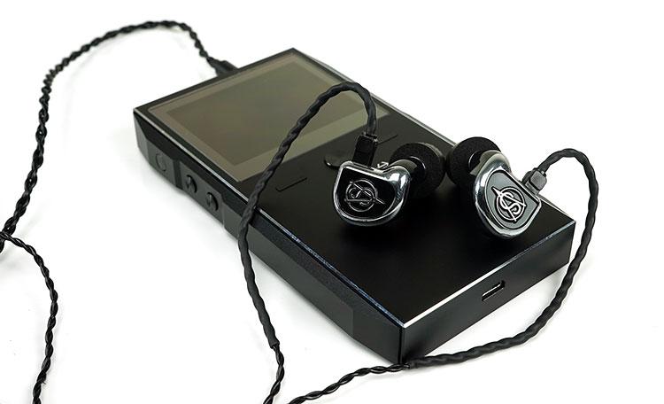 Clear Tune Monitors VS-4