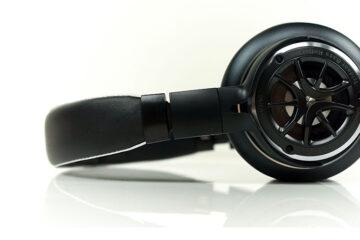 1More Triple Driver Over Ear Headphones