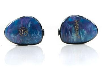 AAW x Custom Art Project 4+2